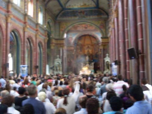 igreja_dentro